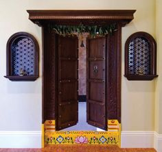 10 Delicious Door Design Ideas for Your Home - Traditional doesn't have to mean boring. Carved Indian doors are actually very beautiful. Indian Home Design, Indian Home Decor, Indian Main Door Designs, Indian Inspired Decor, House Doors, Room Doors, Traditional Doors, Traditional House, Traditional Design