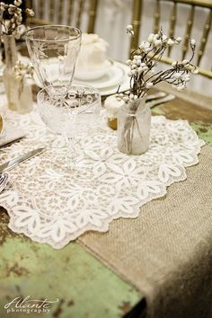 Lace and burlap wedding table