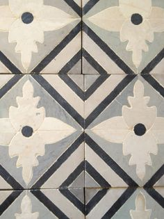Blue & White - Mediterranean Tile Handmade tiles can be colour coordinated and customized re. shape, texture, pattern, etc. by ceramic design studios Tile Design, Floor Design, Ceramic Design, Stenciled Floor, Floor Stencil, Tile Floor, Kitchen Backsplash, Kitchen Flooring, Painted Floors