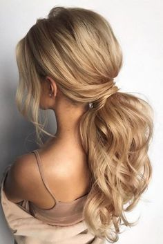 pony tail hairstyles simply modern swept on long blonde hair hair_vera pony tail hairstyle Low Ponytail Hairstyles, Hairstyles Haircuts, Pretty Hairstyles, School Hairstyles, Everyday Hairstyles, Simply Hairstyles, Side Fringe Hairstyles, Night Out Hairstyles, Low Updo