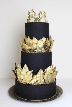"""Résultat de recherche d'images pour """"physalis vegan black wedding cake"""""""