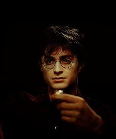 Hogwarts Boys One Shots/Imagines - Harry Potter/ Reader- Stress Reliever Daniel Radcliffe Harry Potter, Harry James Potter, Wiki Harry Potter, Arte Do Harry Potter, Images Harry Potter, Harry Potter Universal, Harry Potter World, Harry Potter Characters, Hogwarts