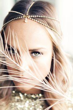 Wunderschöne Headpieces und Haarketten für die Braut | Friedatheres