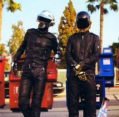 Click the Pic to win a chance to meet Daft Punk!