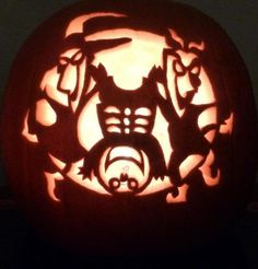 This is a Halloween lock, shock & barrel pumpkin. Be the first on your block to have a unique Halloween carved pumpkin and enjoy your pumpkin year after year...it will never rot! This 9