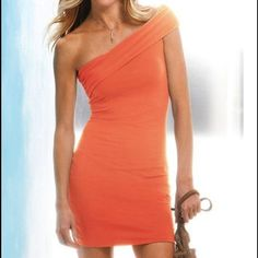 Victoria's Secret Dress Worn only twice in great condition. Beautiful coral color. Victoria's Secret Dresses One Shoulder