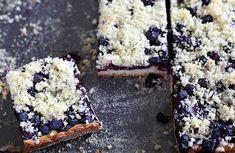 www.lidovky.cz kynuty-boruvkovy-kolac-s-drobenkou-je-narodnim-pokladem-pe0- dobra-chut.aspx?c=A150730_141644_dobra-chut_ape Krispie Treats, Rice Krispies, Food And Drink, Baking, Desserts, Parisian, Tailgate Desserts, Deserts, Bakken