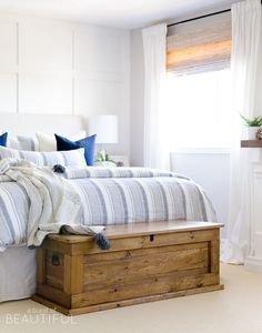 This DIY blanket storage chest will fit beautifully into any space and.,This DIY blanket storage chest will fit beautifully into any space and provides great additional storage for items such as blankets, pillows and toys. Diy Furniture Projects, Pallet Furniture, Furniture Plans, Home Furniture, Wood Projects, Furniture Storage, Furniture Design, Bedroom Storage, Bedroom Decor