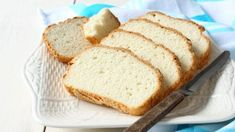 The Best Ways to Freeze and Defrost Bread (Sliced, Quick Breads, and Dough) - Baking Kneads, LLC Freezing Bread Dough, Frozen Bread Dough, Food Cakes, Foods With Gluten, Gluten Free Recipes, Bread Without Yeast, Fresh Bread, Slice Of Bread, Quick Bread