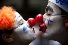 "A couple dressed as clowns participate in the ""Cordao da Bola Preta"" street carnival parade in Rio de Janeiro, Brazil, Saturday, Feb. According to Rio's tourism office, Rio's street Carnival Le Clown, Creepy Clown, Brazil Carnival, Send In The Clowns, Clowning Around, Night Circus, Bizarre, Emotion, Super Moon"