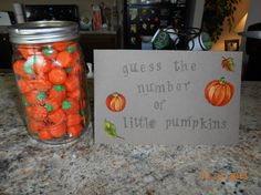 Guess the number of little pumpkins baby shower game halloween babyshower ideas Baby Shower Games, Baby Boy Shower, Baby Shower Fall Theme, Diaper Shower, October Baby Showers, Fall Baby Showers, February Baby, January, Baby Girls