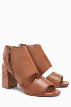 Tan Leather Shoe Boots