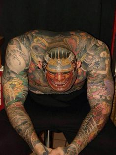 Japanese, Afro and Geisha Samurai Tattoo Designs, Meanings and Ideas. Awesome traditional Samurai tattoos for your sleeve, chest or other body parts. Samurai Maske Tattoo, Samurai Warrior Tattoo, Warrior Tattoos, Tattoos Skull, Weird Tattoos, Body Art Tattoos, Amazing Tattoos, Tattoo Art, Tattoo Life