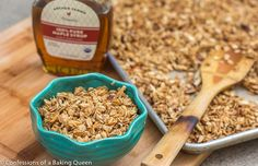 Homemade Maple Granola www.confessionsofabakingqueen.com