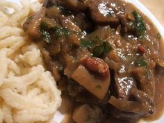 Carbonnade à la flamande is Flemish beef stew in which beef and onions are simmered in Belgian ale until the meat is tender, the onions are sweet and the ale has cooked down into a rich, dark gravy. Okra Recipes, Beef Recipes, Healthy Recipes, Belgian Food, Belgian Beer, Belgian Recipes, Belgian Waffles, Beef Stew With Beer, Cooking With Beer
