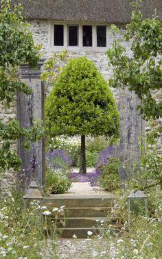 Walled garden Devon Arne Maynard ; Gardenista