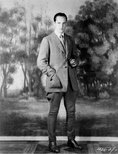 Portrait 1930s, Fredric March
