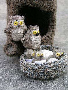 Crochet owls family with their hollow | Flickr - Photo Sharing!