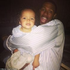 Mariah Carey and NIck Cannon have a family sleepover with the twins on April 24, 2013