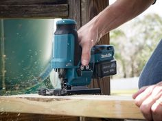 If you're willing to trade off some power for a more compact package, you're unlikely to find a better jig saw in the class than the Makita CXT Jig Saw in its barrel grip form. Woodworking Jigsaw, Woodworking Equipment, Woodworking Projects, Wood Projects, Makita Tools, Best Jigsaw, Puzzle, Workshop Organization, Wood Working For Beginners
