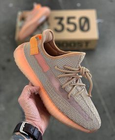Fashion Yeezy Boost 350 380 500 700 running shoes. Sneakers 2020 autumn and winter trends. Sneakers Outfit Casual, Sneakers Fashion, Adidas Fashion, Outfit Jeans, Adidas Shoes Women, Adidas Sneakers, Adidas Nmd, Jordans Sneakers, Shoes Sneakers