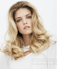 Franck Provost Lange Blonde Weiblich Curly Farbige Multi-tonalen Französisch Frauen Erweiterungen Frisuren hairstyles