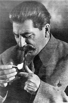 images of pipe smokers   ... Pipe Smoker... :: General Pipe Smoking Discussion :: Pipe Smokers