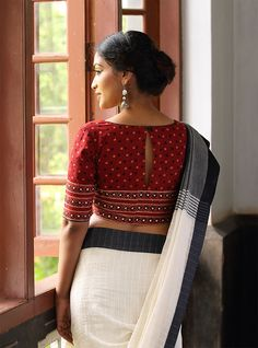 Chaanthu Pottu Sari Blouse. Indian fashion.