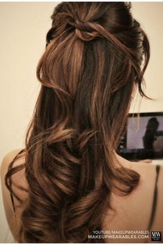 Hiden twist braid half updo hairstyle for medium long hair tutorial How to: 5 Amazingly Cute + Easy Hairstyles with a Simple Twist Halfway Up Hairstyles, Half Updo Hairstyles, Prom Hairstyles For Long Hair, Easy Hairstyles For Medium Hair, Medium Long Hair, Long Curly Hair, Pretty Hairstyles, Medium Hair Styles, Curly Hair Styles