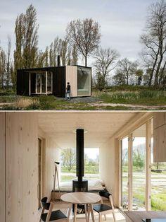 Modern Tiny House, Tiny House Cabin, Tiny House Living, Cabin Homes, Cabin Design, Tiny House Design, Modular Homes, Prefab Homes, Tiny House Exterior