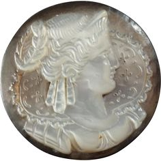 """Antique Victorian Fine Cameo Carved Mother of Pearl Button Lady with Lace Collar 1 1/16"""""""