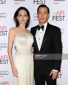 Photo d'actualité : Angelina Jolie and Brad Pitt attend the premiere...