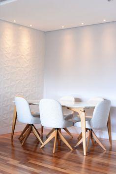 Sala de jantar básica Dining Table, Furniture, Home Decor, Dining Room, Wood, Decoration Home, Room Decor, Dinner Table, Home Furnishings