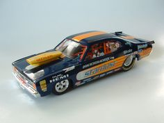 Custom built models that replicate vehicles or objects that are seen in everyday life like junked cars and old buildings. There is a heavy interest in drag race vehicles and hot rods as well. Slot Car Drag Racing, Slot Car Tracks, Drag Cars, Slot Cars, Nascar Engine, Cool Car Drawings, Hobby Cars, Plastic Model Cars, Custom Hot Wheels