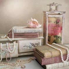 Victorian Bedroom, Bedroom Vintage, Antique Bedroom Decor, Parisian Bedroom Decor, Shabby Chic Outdoor Decor, Shabby Chic Wall Art, Shabby Chic Pink, Romantic Shabby Chic, Royal Room