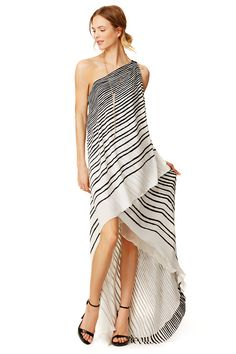 Halston Heritage Draped Stripe Maxi Dress // could do this with a yard piece of fabric Striped Maxi Dresses, Casual Dresses, Wedding Gown Ballgown, Halston Heritage, Mermaid Dresses, Wedding Party Dresses, Cute Fashion, Women's Fashion, Maternity Fashion