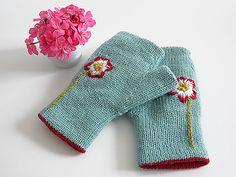 Reversible Fingerless Gloves #knit