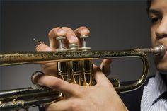 Cómo respirar mientras tocas trompeta | eHow en Español