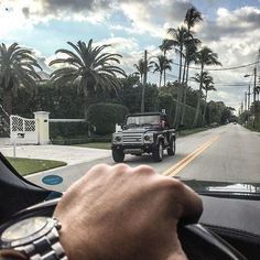 Defender 90 spotted in Palm Beach  #whereisyourover ? http://www.landroverpalmbeach.com/#defenders #defender90 #defender110 #defenderseries #landroverdefender #landroverdefenderseries #landy #mylandy #landylove #landroverheritage ##palmbeach #palmbeachstyle #palmbeachlife #southflorida #westpalmbeach #wpb #florida