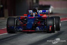 Carlos Sainz Jr., Scuderia Toro Rosso STR12, Barcelona pre-season testing I