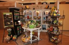 Frisco Mercantile, Frisco, TX  Showcasing fine shoppes, interior design services, fine art, antiques, home furnishings, gifts, jewelry, clothing boutiques and more!