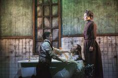 'Horror', een theaterstuk van Jakop Ahlboms, wordt de komende drie weken in West End in Londen opgevoerd. Het toneelstuk is al verscheidene malen met vijf sterren beloond, dus dat beloofd!