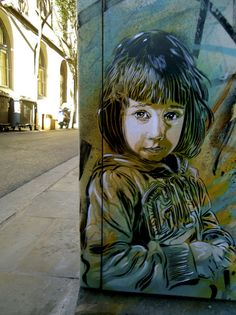 C215, retratos en Barcelona : Distorsion Urbana