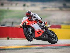 Ducati 1299 Superleggera Revealed: 215 HP & 167 KG