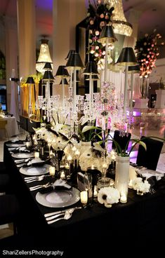 This would be an amazing dining room for a dinner party. It is so classy and elegant. Black is seriously underrated.
