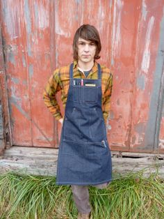 We made this apron for all the crafty folks in our lives, and in yours. With compartmentalized pockets, rivets to reinforce stress points, and adjustable straps, it was made to suit the fancy of any maker.