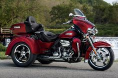 91c91c1f All you need to know about the 2017 Harley Davidson Tri Glide Ultra @ https: