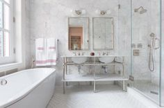 You've Got To See This: 30 Small Bathrooms That Are BIG In Style: Elegant, Classically Styled Bathroom With Frameless Shower
