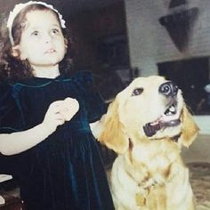 Michael Jacksons daughter Paris in 2001 with a golden retriever. Michael Jackson Cartoon, Michael Jackson Daughter, Michael Jackson Smile, Michael Love, Beautiful Paris, I Love Paris, Mj Kids, You Are My Life, Paris Jackson