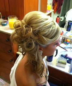 Updo off to the side Updo off to the side Ball Hairstyles, Side Hairstyles, Formal Hairstyles, Straight Hairstyles, Wedding Hairstyles, Pageant Hairstyles, Prom Hair Bun, Prom Updo, Bad Hair Day